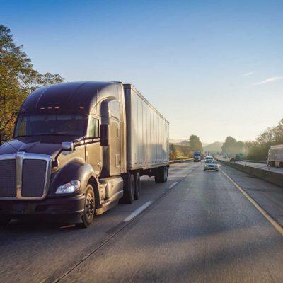 diesel-truck-semi-tractor-trailer-on-the-highway-49Z7KWF (1)
